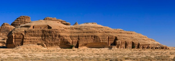 Madain_saleh_Panorama_-_Saudi_Arabia (1)