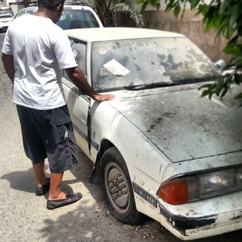 Father has his final goodbye to a car which stayed almost two decades with many golden memories
