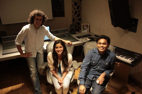 imtiaz-ali-alia-bhatt-and-a-r-rahman-at-a-song-recording-for-highway1