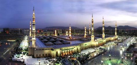 the-holy-mosque-of-prophet-in-madina-Saudi-Arabia