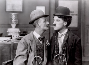 Chaplin-Charlie-His-New-Job_011